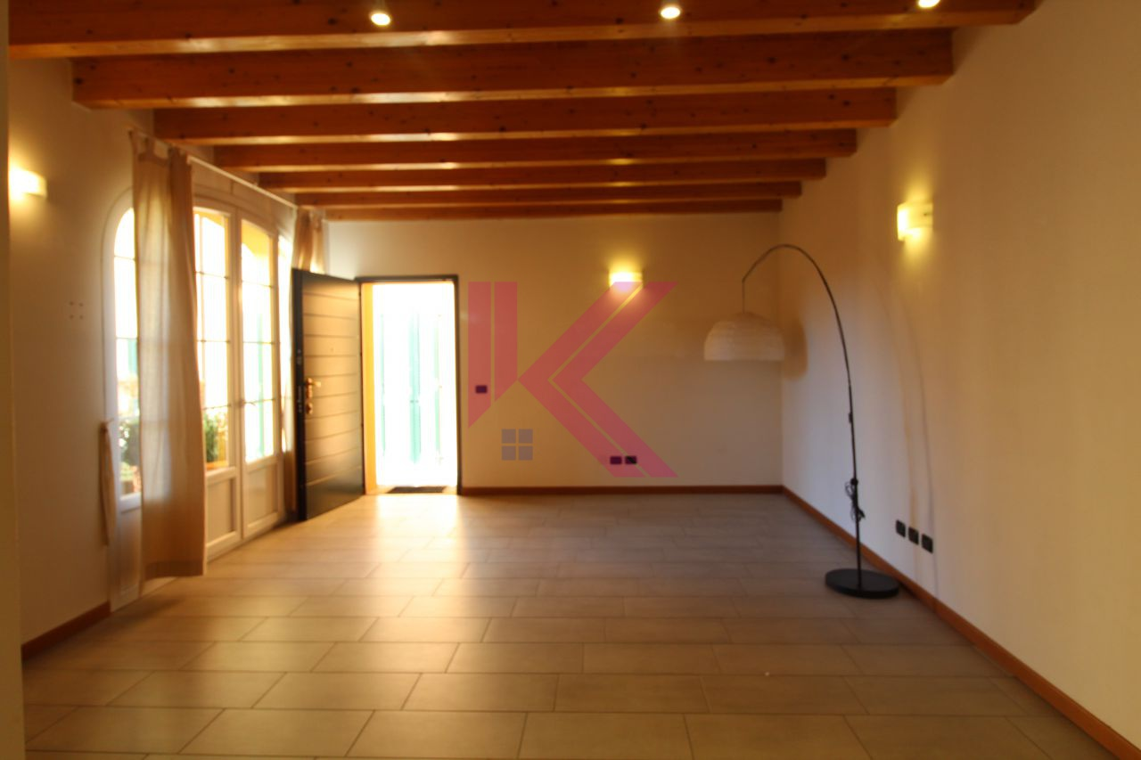 appartamento indipendente vendita albavilla